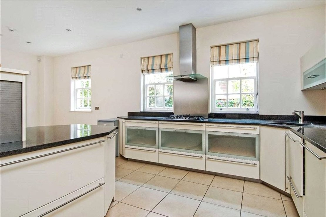 6 bedroom House for sale in Marlborough Place-view3