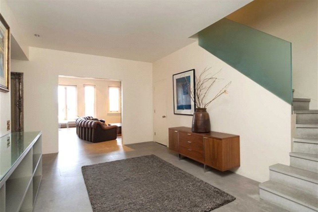 4 bedroom Apartment to rent in Cambridge Gate-view5