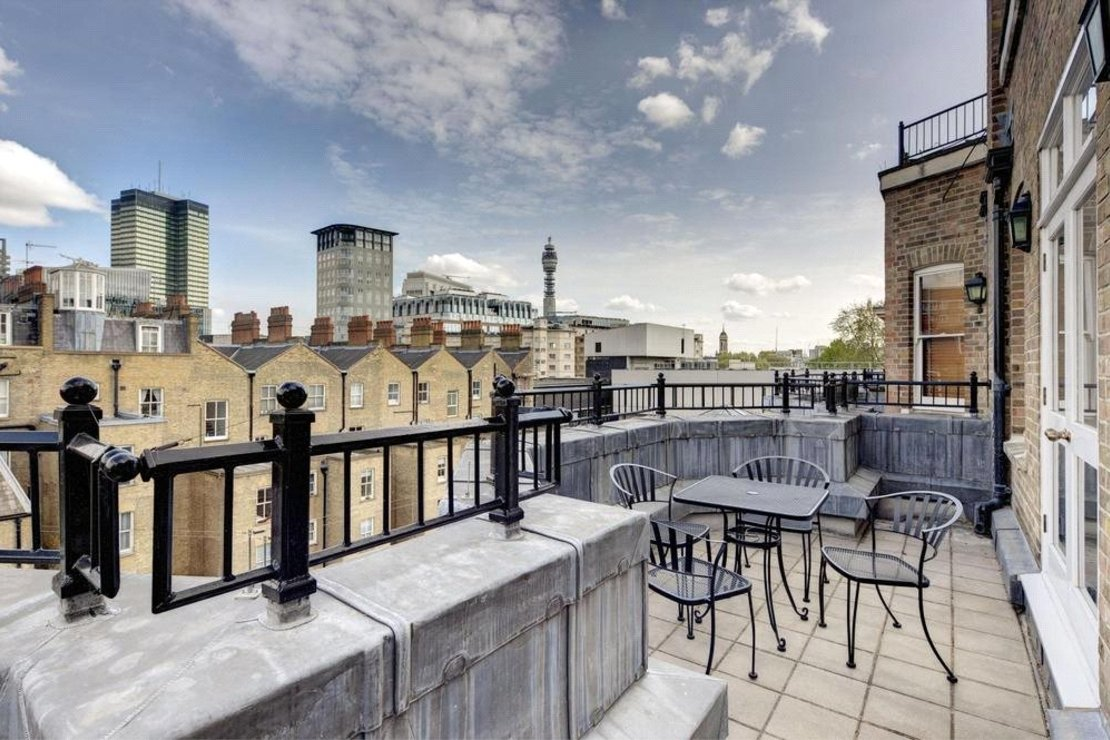 4 bedroom Apartment to rent in Cambridge Gate-view3