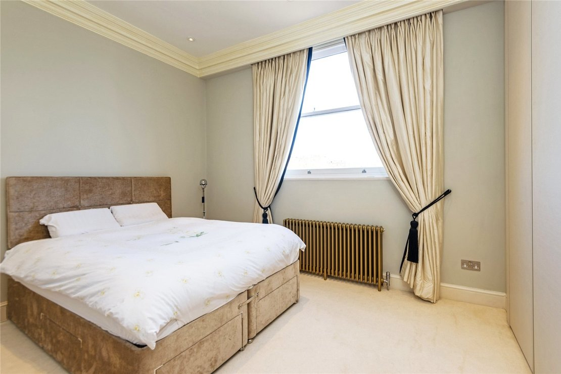 4 bedroom House to rent in Chester Terrace-view15