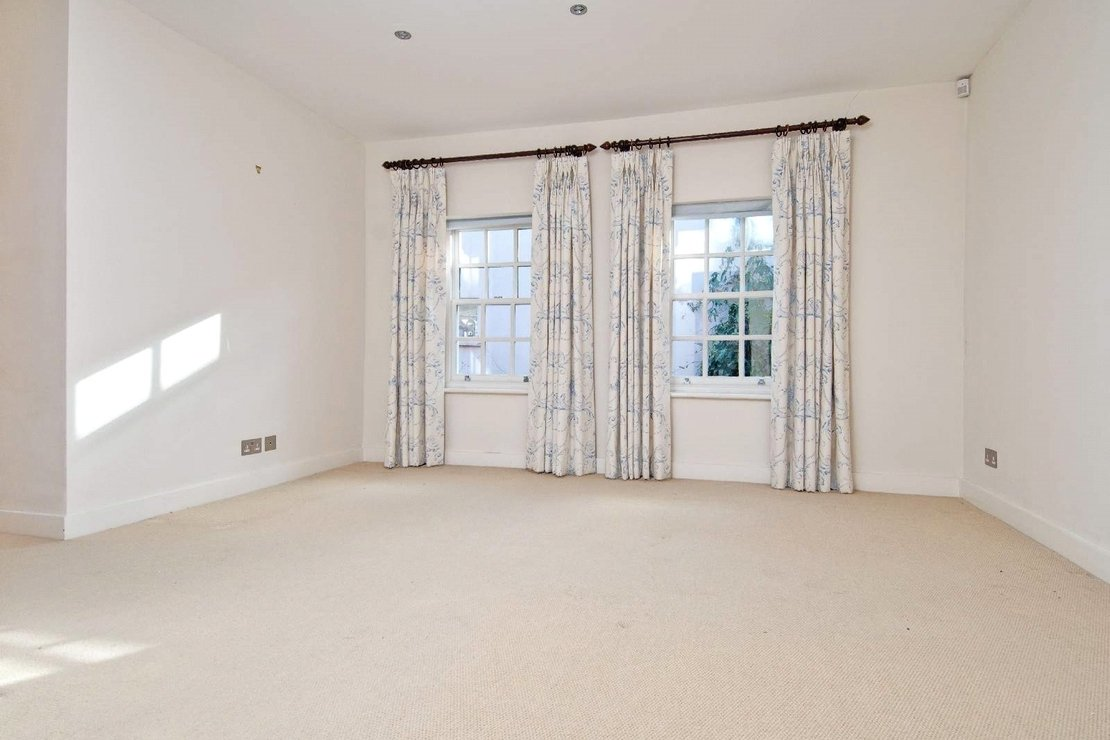 6 bedroom House to rent in Marlborough Place-view7