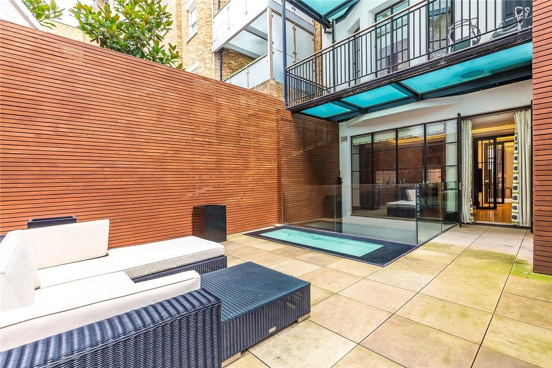 3 bedroom Apartment to rent in Portland Place-view3