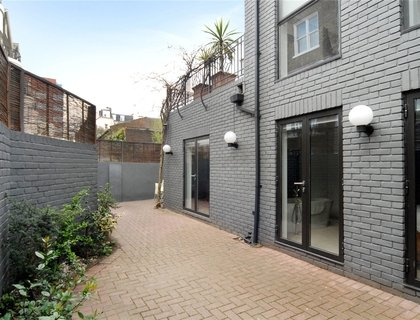 Properties for sale in Albert Terrace Mews-List170