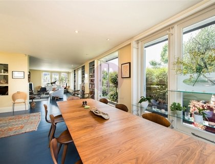 2 bedroom Flat for sale in Belgravia Mansions-List637