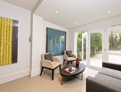 2 bedroom Apartment for sale in Castellain Road-List213