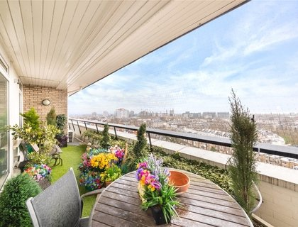 3 bedroom Apartment for sale in Little Venice-List300