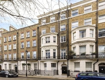 3 bedroom Maisonette for sale in Montagu Square-List681