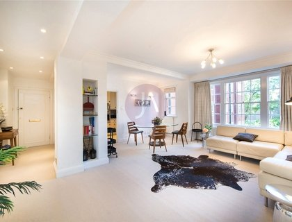 3 bedroom Flat to rent in Apsley House-List158