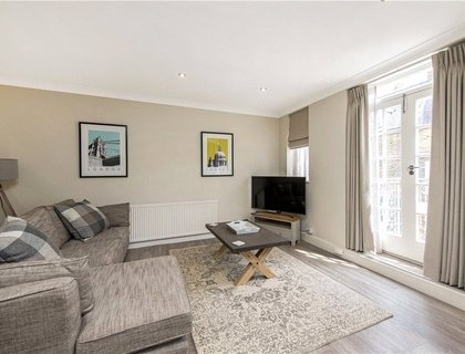 3 bedroom Maisonette to rent in Wigmore Place-List559
